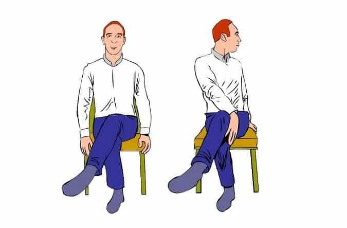 image d'étirement assis en rotation du bas du dos